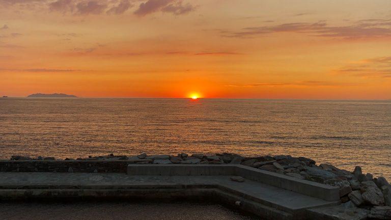 Calypso Marine - couché de soleil port d'Erbalunga